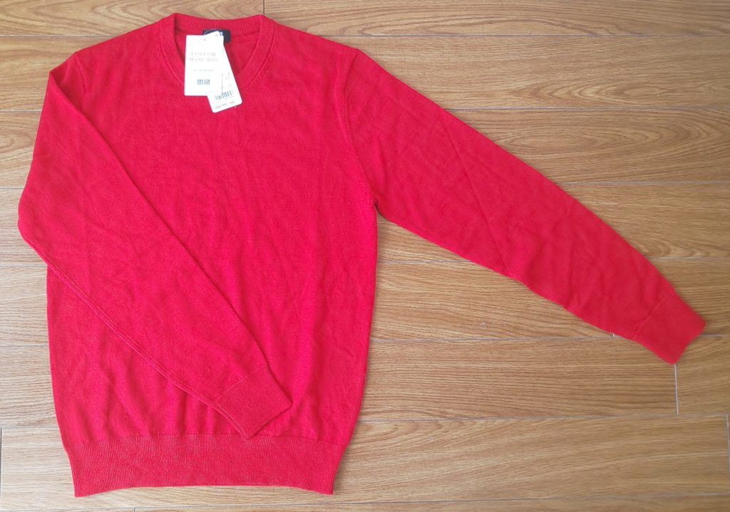 ユニクロ エクストラファインメリノクルーネックセーター(長袖)Red  2,990円