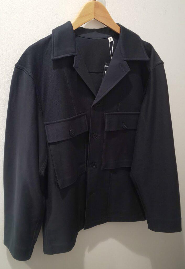 ユニクロ ジャージーシャツジャケット ブルー 5,990円(税抜)