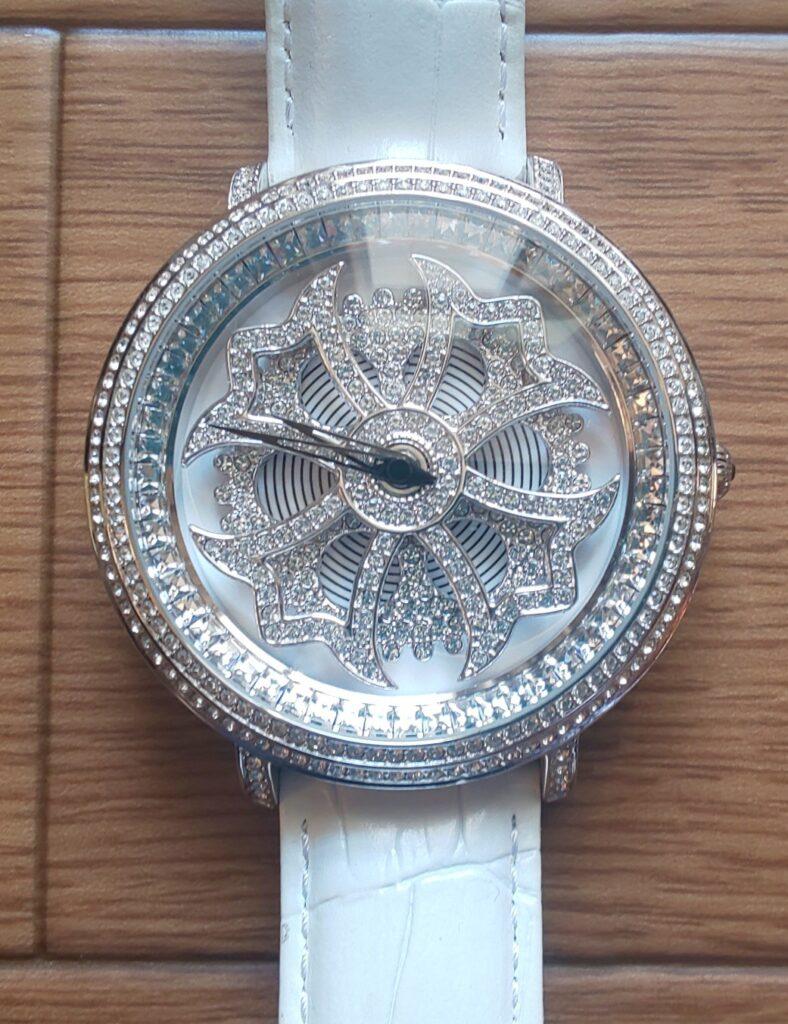 アンコキーヌ Anne Coquine 腕時計 メンズ 時計 クロスシルバーベゼル ホワイト×ホワイト