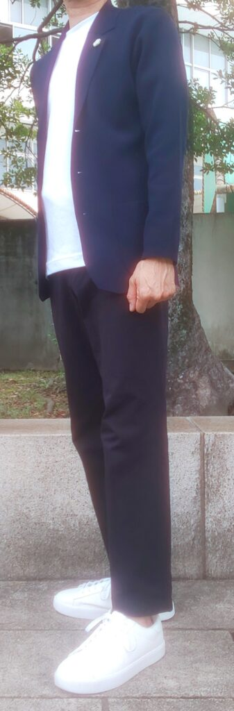 ミラノリブジャケットの丈感写真